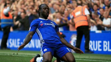 Photo of Sarri urges Moses to improve if he want to have Chelsea future