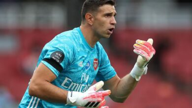 Photo of Arsenal May Cash In On Emi Martinez