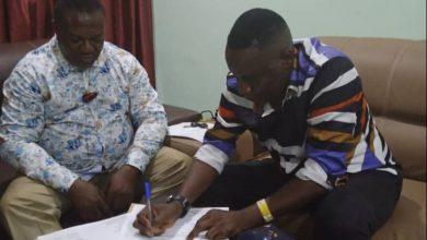 Photo of Ekwueme tasks Moonluck FC players