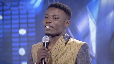 Photo of Nigerian Idol winner, Kingdom, gets Bayelsa govt scholarship